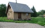 Galeria Wiejska w Przełomce - Dom Ziemi (wykonany całkowicie z gliny)