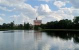 Widok zez statku na Klasztor Wigiersk